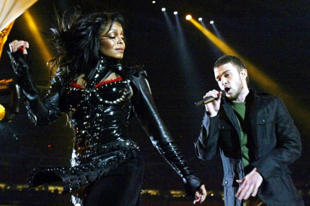 Janet Jackson & Justin Timberlake perform at Super Bowl XXXVIII.