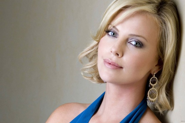 Charlize-Theron-7