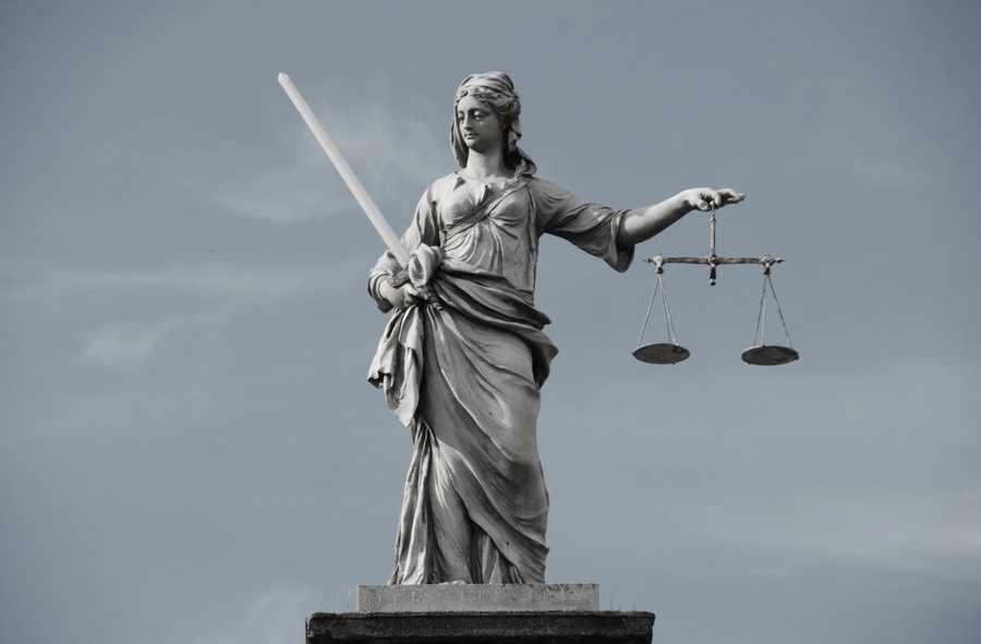 justice_by_folleinvasato